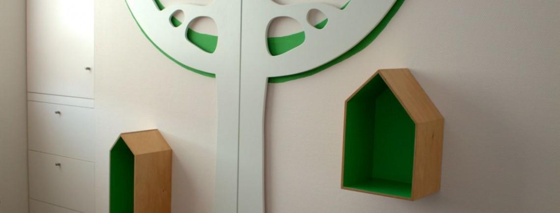 Kinderkamer Houten Boom : Boom kinderkamer boeken huisjes